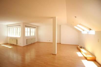 schöne 2-Zimmer Wohnung in Toplage