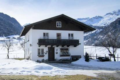 Wohnhaus mit großem Grundstück in herrlicher Ruhelage