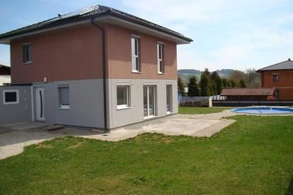 Prambachkirchen: neuwertiges Einfamilienhaus in familienfreundlicher Siedlung