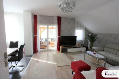 Attraktive DG-Wohnung mit Wintergarten und großer Terrasse - Grünruhelage in Sackgasse