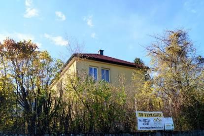 Wohnliche Einfamilienvilla in ruhiger Seitengasse mit See/Grünblick in schönster Lage