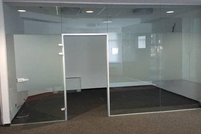 Großzügiges, verkehrsgünstig gelegenes Büro in Linz, 4020 - zur Miete - Video
