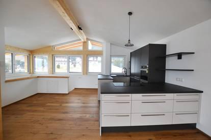 Neu erstelltes Penthouse-Apartment in idyllischer und sonniger Panoramalage von St. Johann
