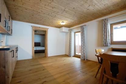 Tiroler Alpenstil-Wohnung im Bauernhaus ( 2019-02962 )