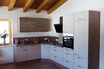 Dachgeschosswohnung im Landhausstil ( 02846 )