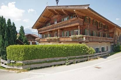 Großzügige DG-Wohnung in Oberndorf ( VM9303 )