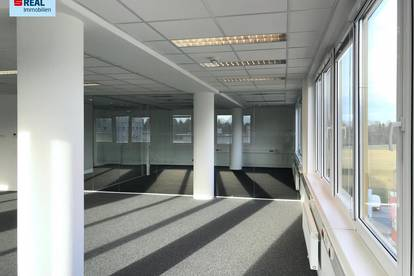 Helle Büroflächen mit sehr guter Verkehrsanbindung