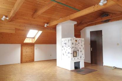 Romantische Ruhelage: Einfamilienhaus mit Potential in Gneis