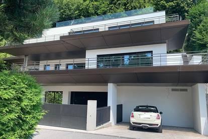 Mondsee - fußläufig ins Zentrum!Neubau-Villa mit Rooftop-Pool und unverbaubarem See- und Bergblick