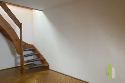 Gemütliche 2 Zimmer DG Wohnung in Top Lage