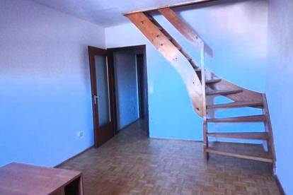 Dachgeschosswohnung 2 Zimmer im Zentrum von Hallein