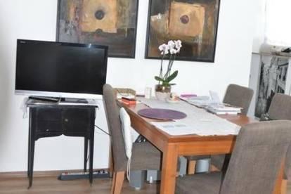 Anlegerwohnung! Gut vermietete 2 Zimmer Wohnung mit großer Loggia und Garagenstellplatz