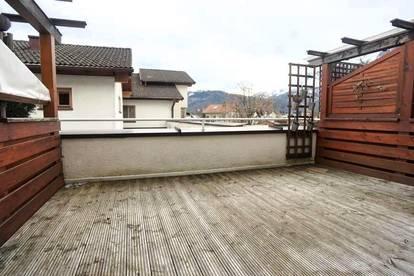 Top moderne, gut geschnittene 3 - Zimmer Maisonette mit schöner Süd - Terrasse