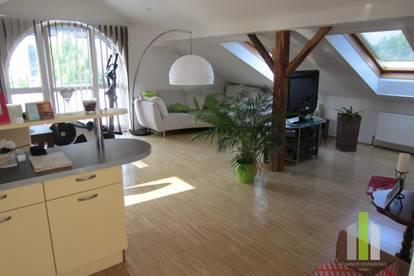 Sonnige 3 Zi-Mansarden-Wohnung mit Garage