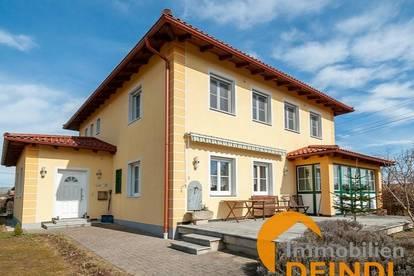 "Neuwertige ""Mediterrane Stadtvilla"" mit Fernblick Nähe Holzöstersee"