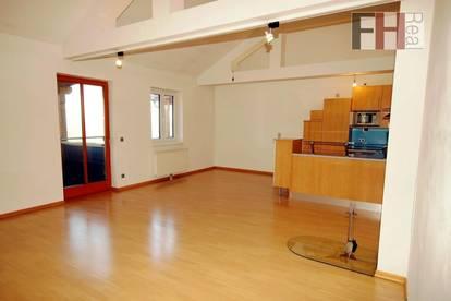 Großzügige 3-Zimmer DG-Wohnung mit Balkon mitten in der Natur am Rande von Wien