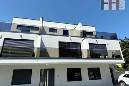 Großzügiges, neuwertiges Reihenhaus mit 5 Zimmern, Terrassen und Garten!