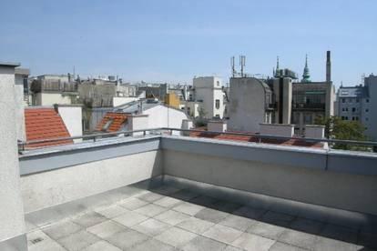 2-Zimmer Wohnung in hervorragender Lage mit Dachterrasse!