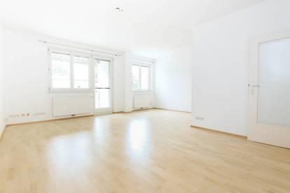 Hervorragend aufgeteilte 3-Zimmer Wohnung mit Loggia! WG-geeignet!