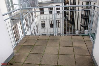 Helle 4 Zimmer Maisonette-Wohnung mit Balkon und Kühlung in der Schottenfeldgasse - unbefristet