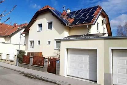 Ansprechende, moderne Doppelhaushälfte in sehr schöner, zentrumsnaher Grünwohnlage