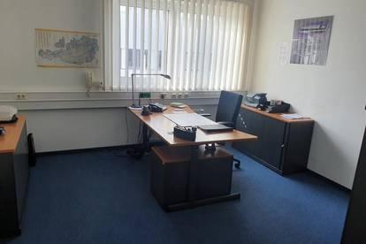 Modernes Büro mit Lager - Provisionsfrei - Klimaneutral - Heizung/Klimatisierung/Strom durch Solarenergie - U6 Station Siebenhirten