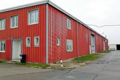 modernes Betriebsobjekt zu vermieten - Halle und Büro - 2 Rampentore vorhanden
