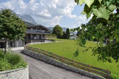 Komplett möbliertes Chalet im modernen Alpin Stil in sehr begehrter Lage