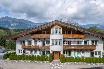 Sehr gepflegte und gemütliche Penthousewohnung mit Kaiserblick
