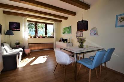 Sehr schöne 2 Zimmer Wohnung in zentraler ruhiger Lage