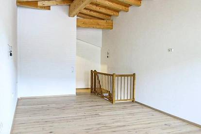 ERSTBEZUG - 2-Zimmer-Maisonette-Mietwohnung Top 10 mit Sichtdachstuhl - Skiliftnähe