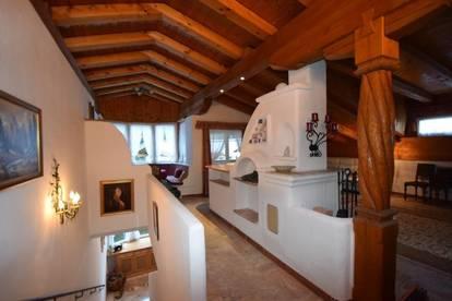 Investmentobjekt - Sehr gepflegte und gemütliche Dachgeschosswohnung mit Kaiserblick