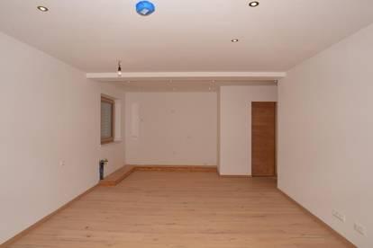 ERSTBEZUG - Bezaubernde 2-Zimmer-Wohnung Top 11 in zentraler Sonnenlage und Skiliftnähe