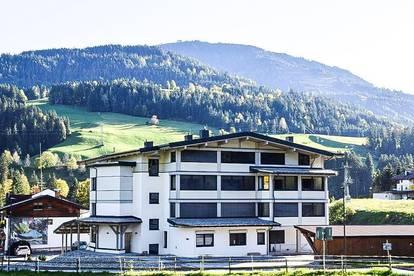 ERSTBEZUG - 3-Zimmer-Miet-Maisonettewohnung Top 13 in zentraler Sonnenlage und Skiliftnähe