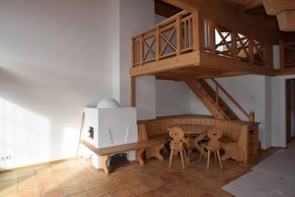 Sehr schöne 3 Zimmer Wohnung mit Hahnenkamm und Hornblick