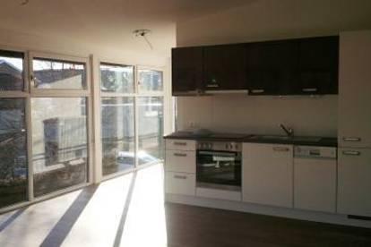 Moderne, lichtdurchflutete 1 Zimmer Wohnung mit Balkon