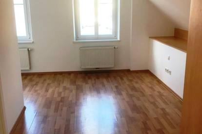 Deutschlandsberg: helle 2 Zimmer  Wohnung mit Dachterrasse in zentraler Lage