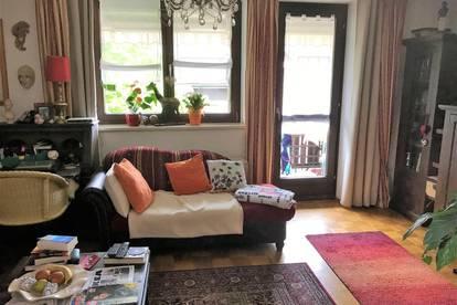 Gemütliche, möblierte 3 Zimmer Wohnung mit Balkon und Garage in schöner Lage