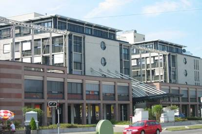 Bürohaus Modecenterstraße