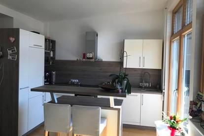 RESERVIERT !!!! 4 Zimmer Wohnung, 2. OG OHNE Lift mit Balkon, und Garage, ca. 96m² .....