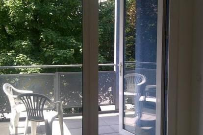 PRADL - sonnige 2 Zimmerwohnung mit ca. 9 m² Balkon und Tiefgarage ab sofort zu vermieten