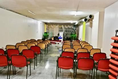 Großzügiges Büro/Lager plus Veranstaltungssaal