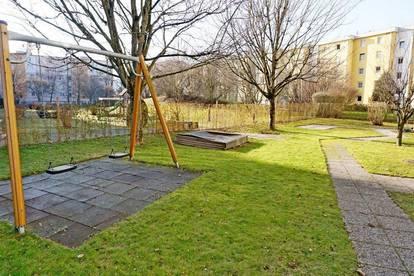 Wels/Neustadt : Wunderschöne 4 Zimmer Eigentumswohnung mit Garage !