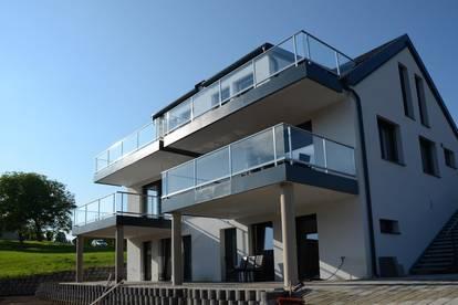 Doppelhaus-Hälfte: Zwei mal Sonnenschein in der Mantscha !!!