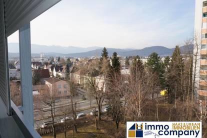 Neu, renovierte 3-Zimmer Wohnung mit Balkon - ca. 99m² Wohnfläche