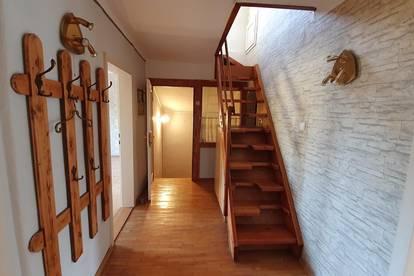 Geräumiges Haus als Wohneigentum mit Kahlenbergblick!