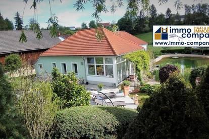 Gepflegtes Familienhaus - alles auf einer Ebene, mehr als 150m² Wohnfläche - in Wählerisch angelegtem Garten mit Schwimmteich.