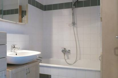 3 Zimmer - DG-Wohnung in einer Sackgasse in Brunn am Gebirge!!!