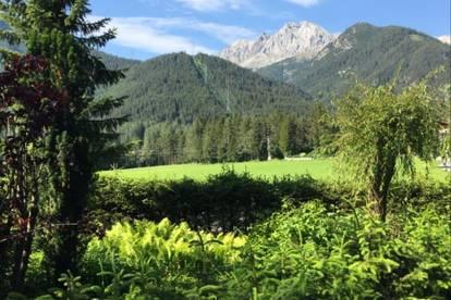 Luxeriöses Freizeitdomizil im Bezirk Imst - auf dem Mieminger Plateau mit 4 Wohneinheiten