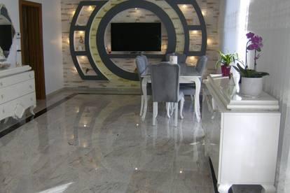 Top modernes Niedrig-Energie Parzellen-Haus mit Eigen-Garten und Garage